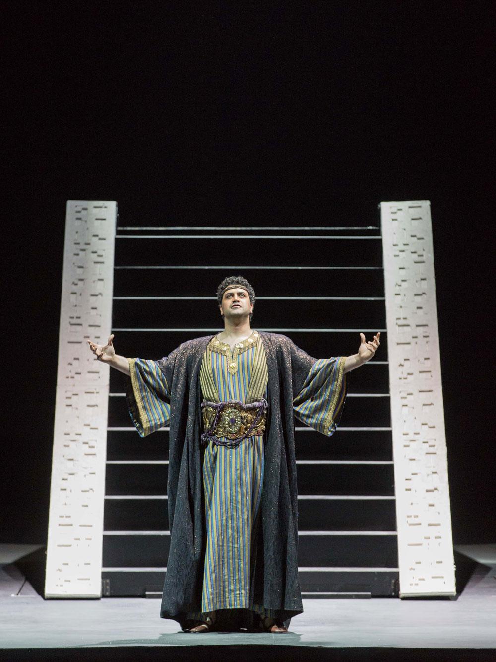 Dario Di Vietri (Radames) - ©Yasuko Kageyama – Teatro dell'Opera di Roma Stagione 2014-15