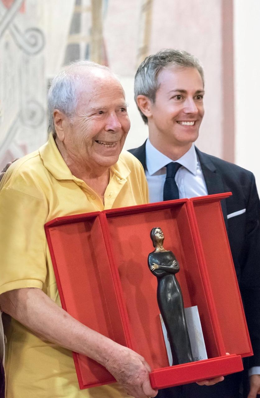 Rolando Panerai premiato da Nicola Guerini