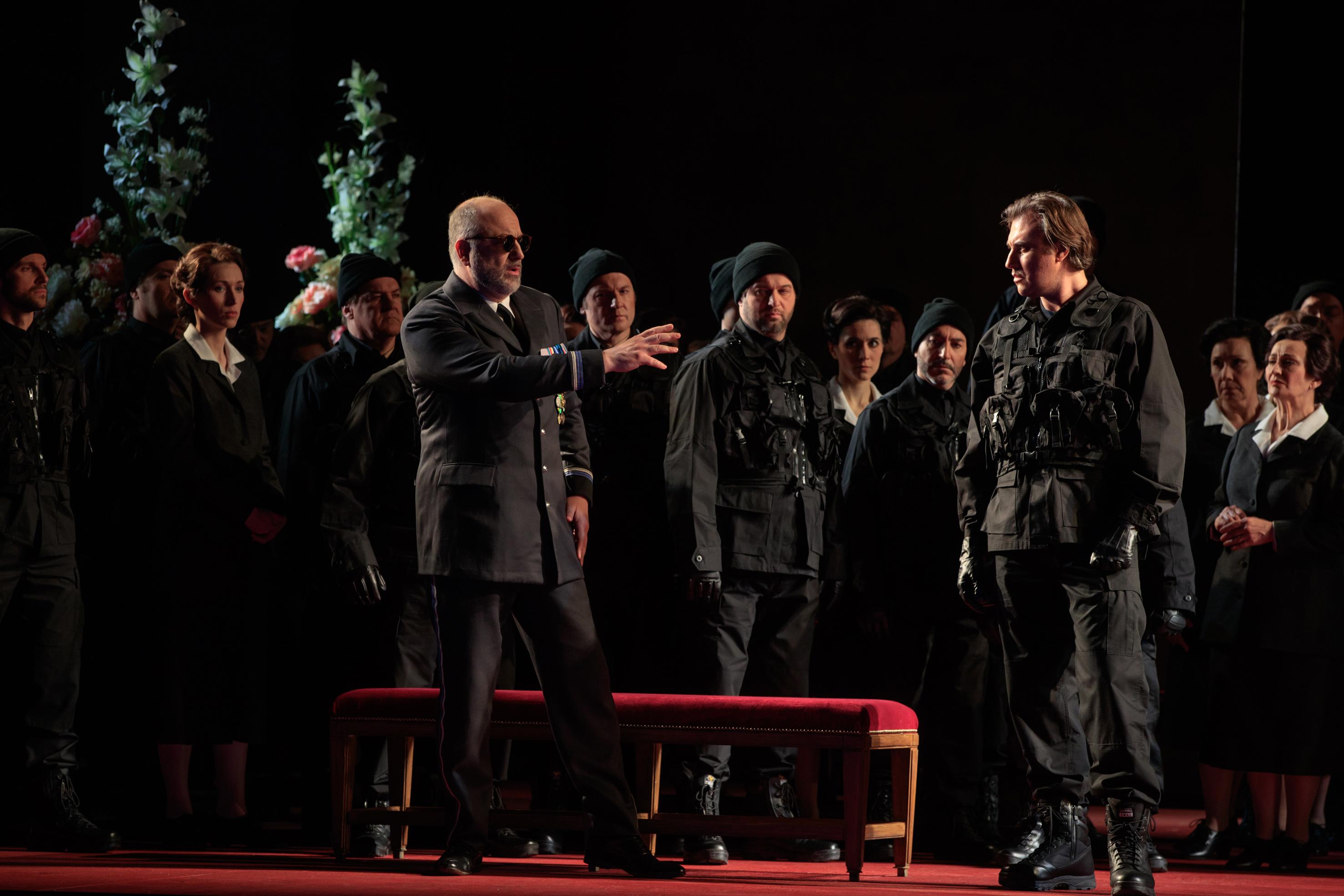 Michele Pertusi (Don Ruy Gomez de Silva), Vitaliy Bilyy (Don Carlo)