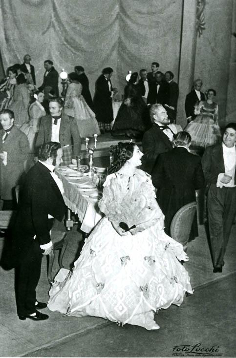 Maria Callas nel debutto in Traviata a Firenze nel 1951