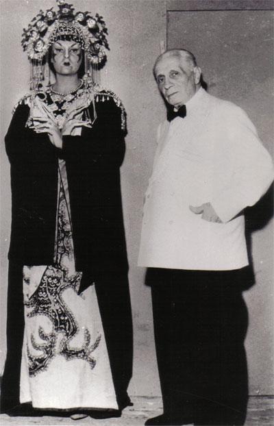 Anna de' Cavalieri col Maestro Tullio Serafin - Turandot - Messina, 1961