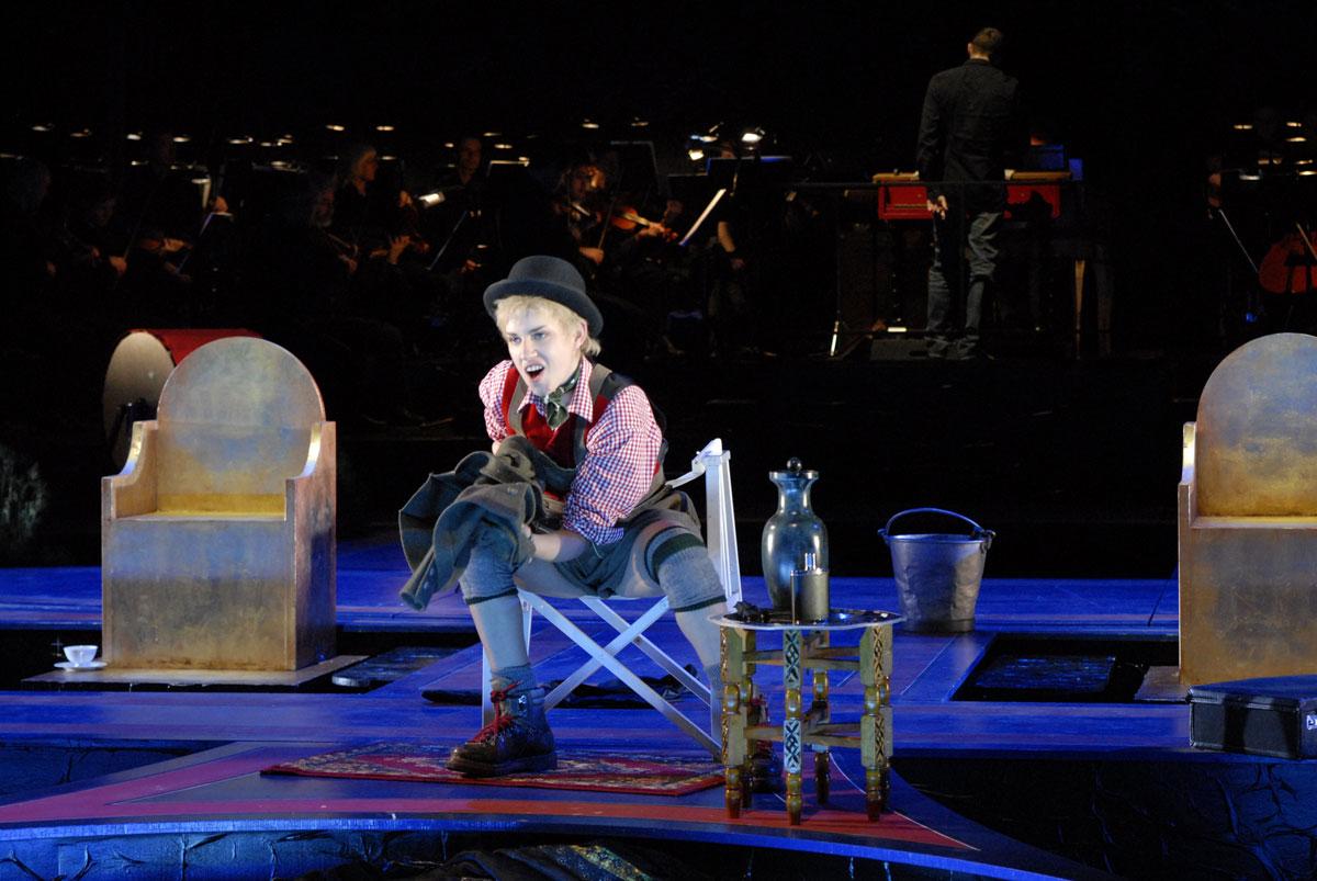 Sesto in Giulio Cesare all'Handel Festival di Karlsruhe 2008, foto Krause-Burberg