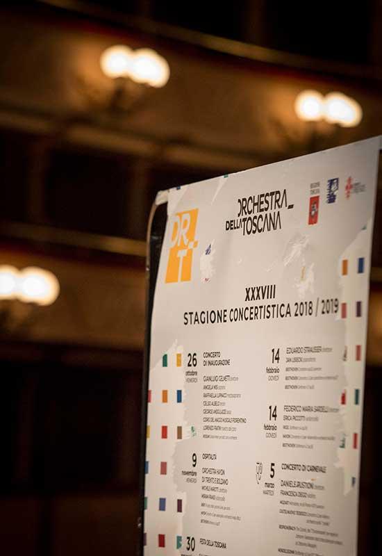 Il manifesto, foto fornita dall'Orchestra della Toscana