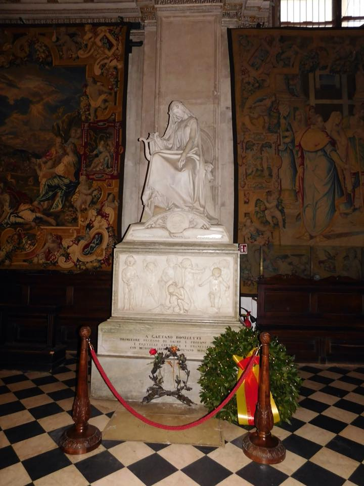 Tomba di Gaetano Donizetti - foto di Leone Facoetti