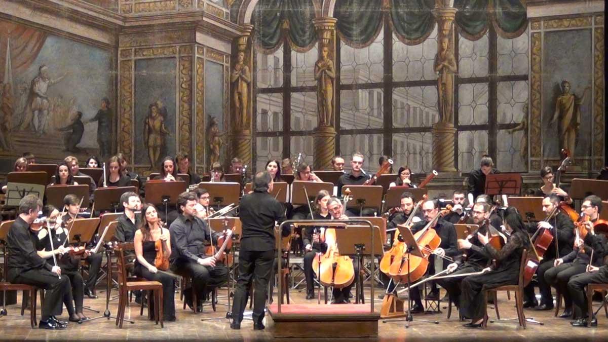 L'orchestra del Conservatorio Gaetano Donizetti - © OperaClick