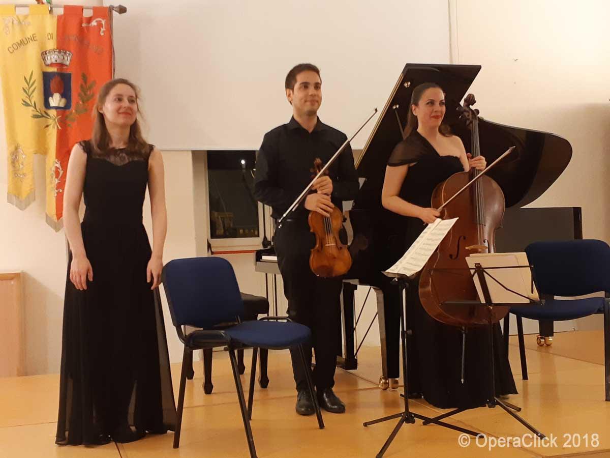 Trio Santa Cecilia: da sx Lucia Majstovic, Matteo Bovo e Ludovica Rana