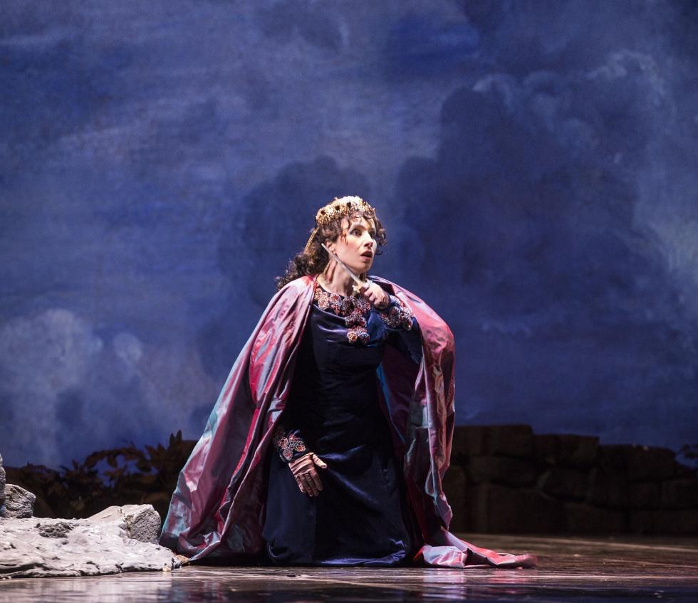 Rosanna Savoia nel ruolo di Zenobia -  foto di L. Romano